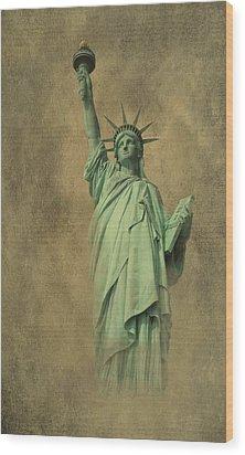 Lady Liberty New York Harbor Wood Print by David Dehner