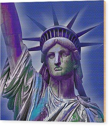 Lady Liberty Wood Print by Tony Rubino