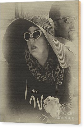 Lady Of Fashion Wood Print by Rene Triay Photography