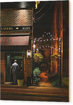 Lagers And Ales Wood Print by Laura Fasulo