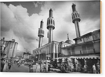 Lagos Central Mosque Wood Print