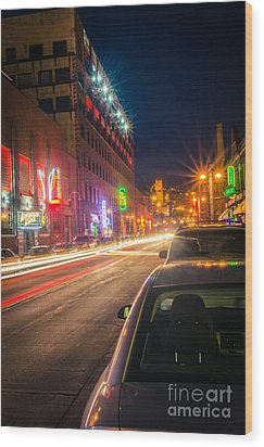 Wood Print featuring the photograph Lake Avenue Saturday Night by Mark David Zahn