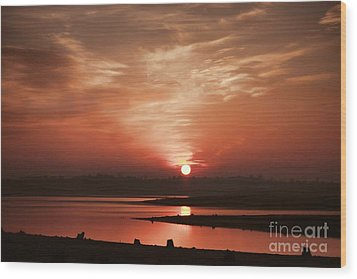 Lake Folsom California Sunset Wood Print by Polly Peacock