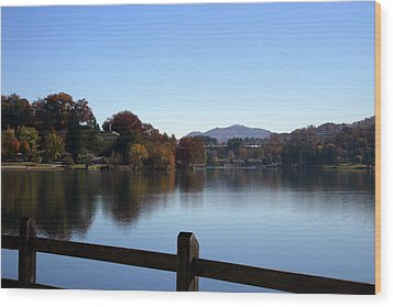 Lake Junaluska In The Mountains Wood Print by Paula Tohline Calhoun