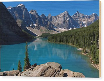 Lake Morine Blue Wood Print