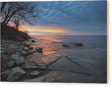 Lake Ontario At Sunset Wood Print by Tracy Welker