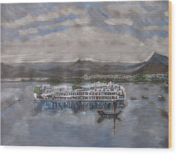 Lake Palace Wood Print