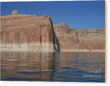 Lake Powell Cliffs Wood Print