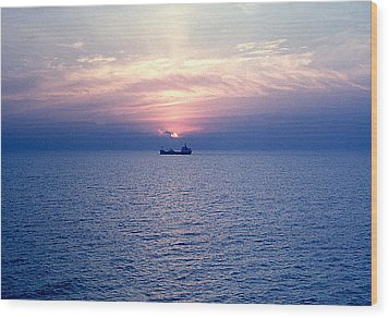 Lake Superior Evening Wood Print by George Cousins