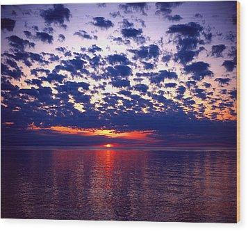 Lake Superior Sunset Wood Print by Tim Hawkins