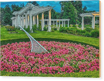 Lakeside Park Floral Gardens Wood Print