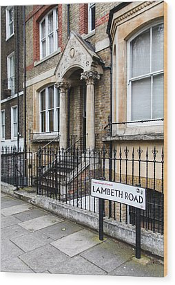 Wood Print featuring the photograph Lambeth Road by Ross Henton