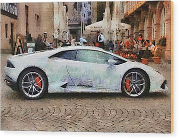 Lamborghini Huracane Lp 610-4 Parked In The City Wood Print