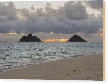 Lanikai Beach Sunrise 4 - Kailua Oahu Hawaii Wood Print by Brian Harig