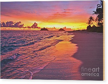 Lanikai Beach Winter Sunrise Rays Of Light Wood Print
