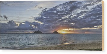 Lanikai Sunrise Wood Print by Dan McManus