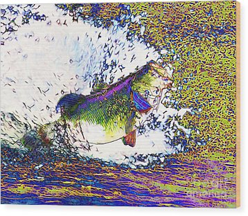 Largemouth Bass P68 Wood Print by Wingsdomain Art and Photography