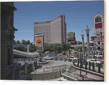 Las Vegas - Treasure Island - 12122 Wood Print by DC Photographer