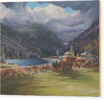 Last Train To Crawford Notch Depot Wood Print by Nancy Griswold
