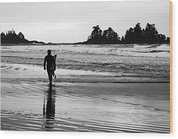 Last Wave Wood Print by Steve Raley