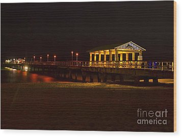 Wood Print featuring the photograph Lauderdale Fishing Pier by Les Palenik