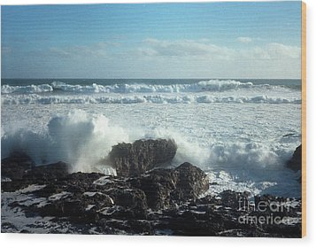 Wood Print featuring the photograph Lava Beach Rocks On 90 Mile Beach by Mark Dodd
