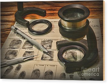 Law Enforcement - Fingerprint Analysis Wood Print by Paul Ward