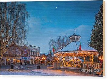 Leavenworth Christmas Moon Wood Print by Inge Johnsson