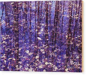 Leaves In Water Wood Print