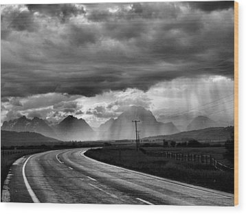 Leaving The Tetons Wood Print by Steven Ainsworth