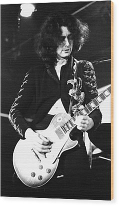 Led Zeppelin Jimmy Page 1972 Wood Print by Chris Walter