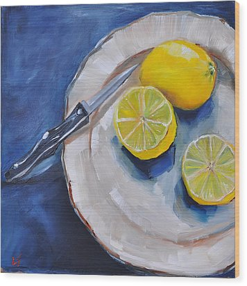 Lemons On A Plate Wood Print by Lindsay Frost