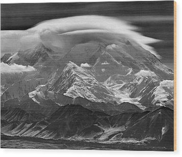 101366-lenticular Cloudcap Over Mt. Mckinley Wood Print