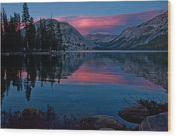Lenticular Sunset At Tenaya Wood Print by Cat Connor