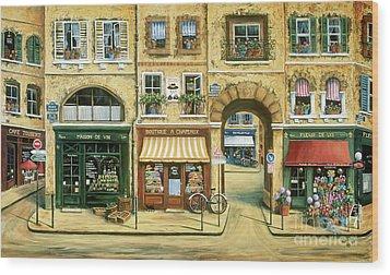 Les Rues De Paris Wood Print by Marilyn Dunlap