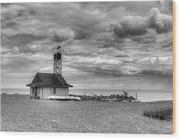 Leuty Lifeguard Station Wood Print by Ross G Strachan