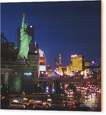 Liberty In Vegas Wood Print by John Malone