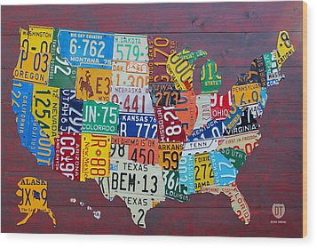 License Plate Map Of The United States Wood Print by Design Turnpike
