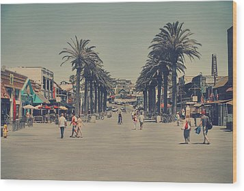 Life In A Beach Town Wood Print by Laurie Search