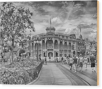 Wood Print featuring the photograph Life On Main Street by Howard Salmon