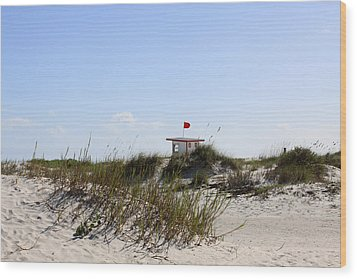 Wood Print featuring the photograph Lifeguard Station by Chris Thomas