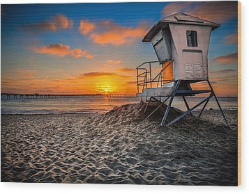 Lifeguard Sunset Wood Print by Robbie Snider