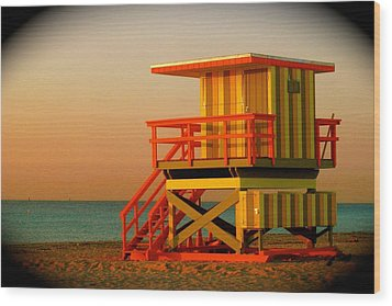 Lifeguard Tower In Miami Beach Wood Print by Monique Wegmueller