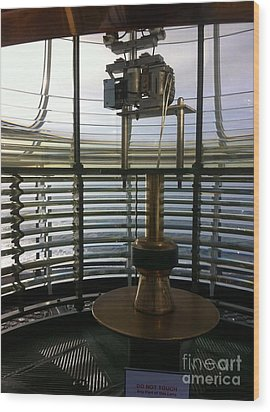 Light House Lamp Wood Print by Susan Garren