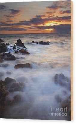 Light Over Lanai Wood Print by Mike  Dawson