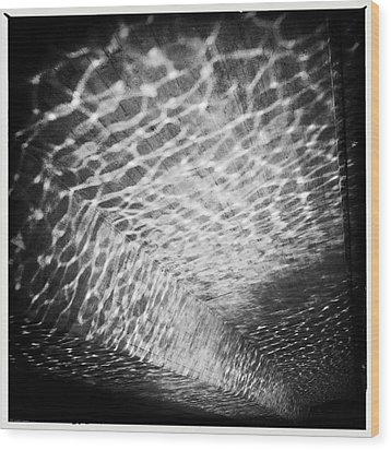 Light Reflections Black And White Wood Print by Matthias Hauser