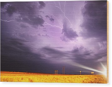 Wood Print featuring the photograph Light Show Over Yorkton by Ryan Crouse