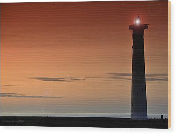 Wood Print featuring the photograph Lighthouse At Sunrise by Julis Simo