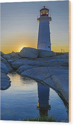 Lighthouse At Sunset Wood Print by Ken Morris