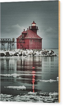 Lighthouse In The Darkness Wood Print